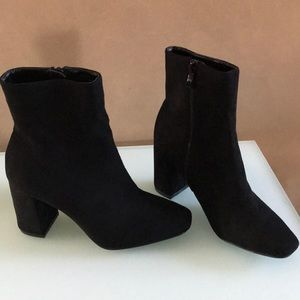 New Lulus Black Faux Suede My Generation Booties
